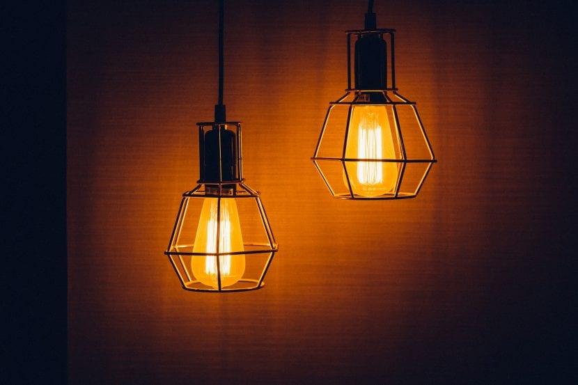 Kysymys kuin lampun valo